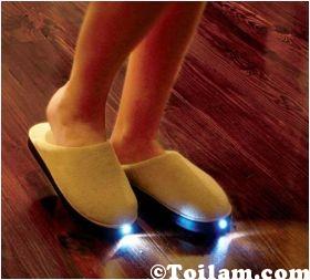 Dép,phát sáng,đi,trong, giày,dép độc đáo, handmade, khéo tay, may vá, đèn,điện tử,DIY