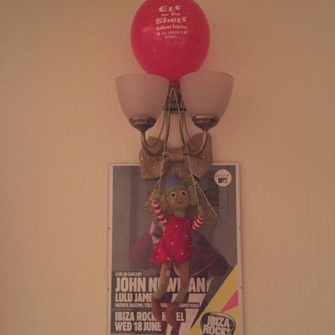 elf on the shelf balloon ride