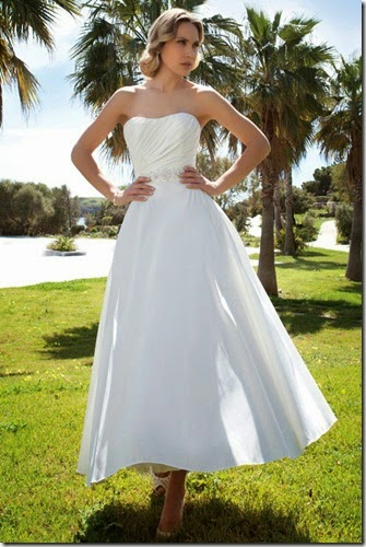 dr198-demetrios-destination-romance-wedding-dress-primary