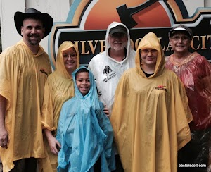 2015 - Cundiff Family on a rainy day at Silver Dollar City - Branson, MO.jpg