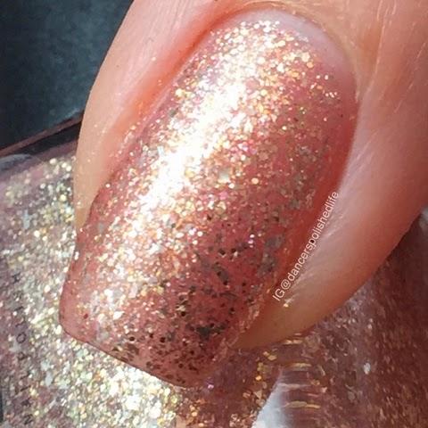rose-gold-nail-polish