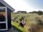 Ved vores hytte på campingpladsen i Klitmøller