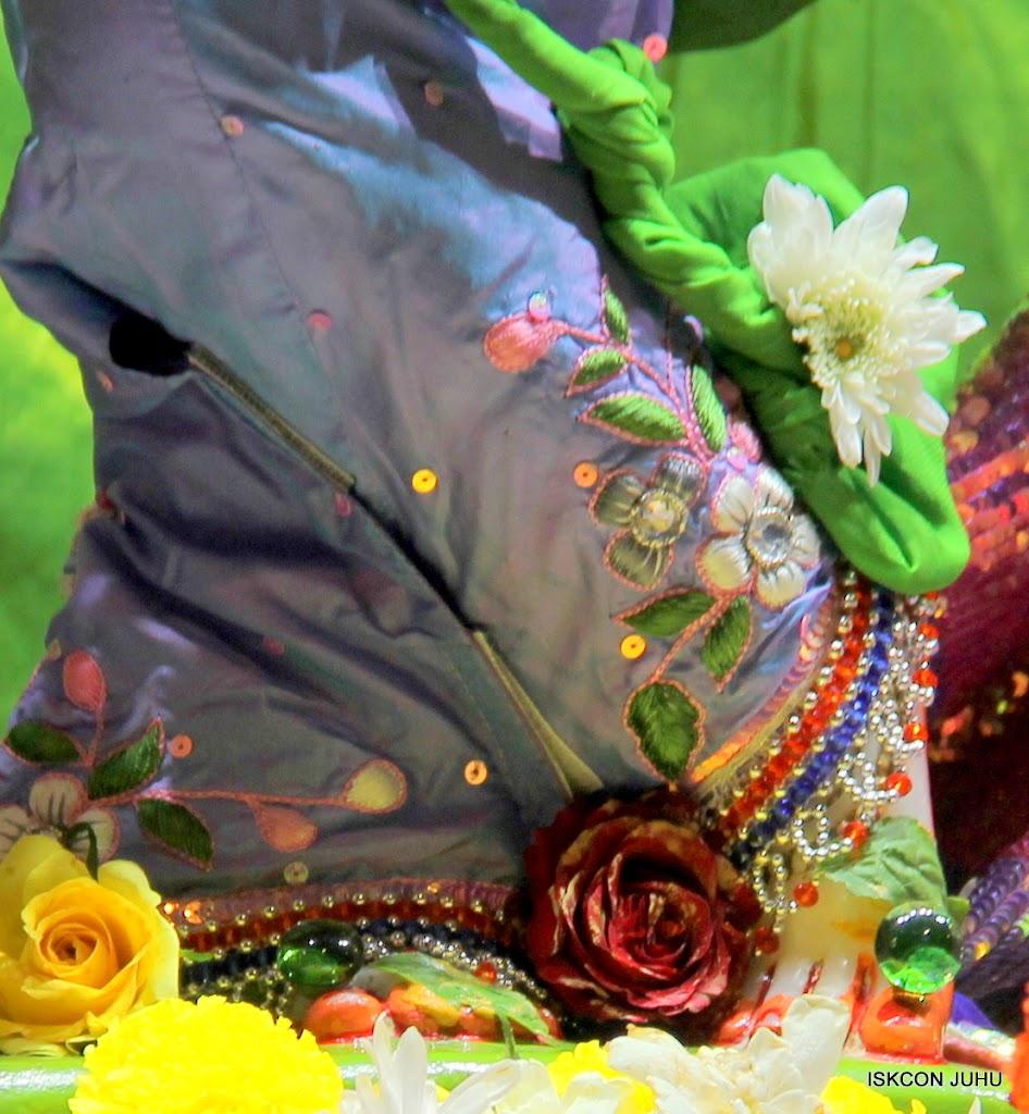 ISKCON Juhu Sringar Deity Darshan 11 Feb 16 (15)