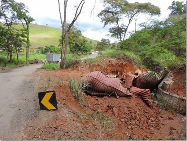 acidente desvio na mgc 381  (8)