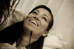 Fotos do evento Luana + Bruno. Foto numero 0013 do Studio Caldas, do Rio de Janeiro, RJ. Lincoln Caldas e equipe fazem fotos de casamento (fotografias de casamentos), fotos de making-of (making of de noiva), fotos em estudio (ensaios fotograficos), fotos de casal (ensaios fotograficos de e-session), fotos de familia, videos de casamento (filmagem de casamentos), videos de making-of e clipes de casamento. Fotojornalismo e videojornalismo no Rio de Janeiro, RJ.