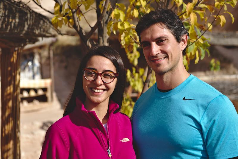 Dahlma si sotul ei, drumetii din Ankara.