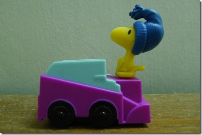 McDonald's happy meal X The Peanuts Movie 2015 toys: Woodstock