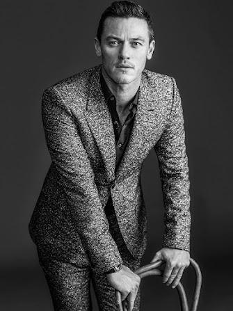 Фото Люка Эванса (Luke Evans) для WWD 2014
