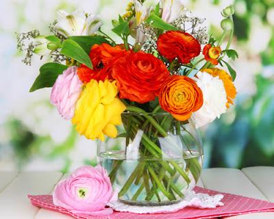 Giữ hoa tươi lâu vào những ngày tết