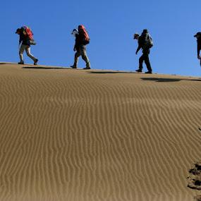 Desert Hiking by Hamed Ghalandar - Sports & Fitness Other Sports ( iran, espilat mountaineering club, maranjab desert )