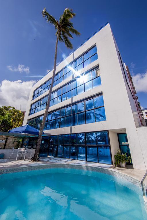 Flat com 2 dormitórios à venda, 50 m² por R$ 325.000,00 - Cabo Branco - João Pessoa/PB