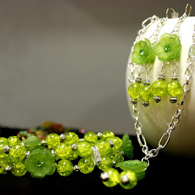 Greenie by Kellie Prowse - Artistic Objects Jewelry ( bracelet, green, set, beads, upcycled, earrings )