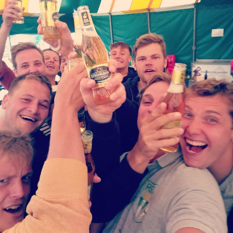 I Waterpolo I Mechelen pakt eerst prijs van het seizoen