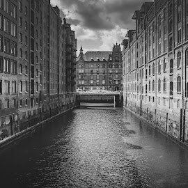 Speicherstadt BW by Rob Menting - Black & White Buildings & Architecture ( canon, eos, 70d, germany, hamburg, canon eos 70d )