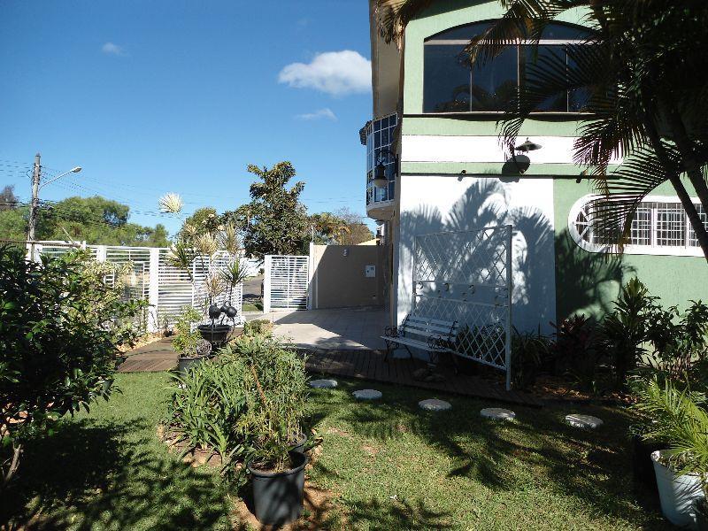 Casa de 5 dormitórios em Sobradinho, Sobradinho - DF