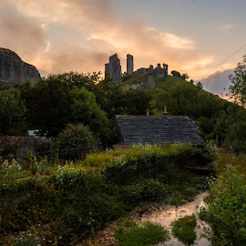 Corfe Castle by Richard  Harris - Buildings & Architecture Decaying & Abandoned ( corfe castle )