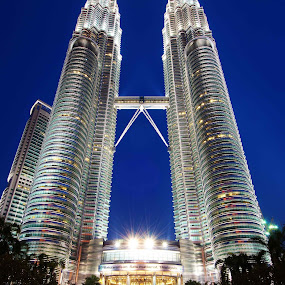 Symbol of Success, Malaysia  by PETER  LEE  - Landscapes Travel