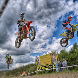 Yuppi Yeah by Marco Bertamé - Sports & Fitness Motorsports ( speed, chasing, cloudyhigh, yellow, race, noise, jump, flying, red, motocross, blue, three, cloudy, air, trio, grey )