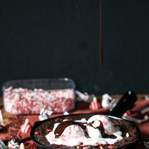 Peppermint Skillet Brownie