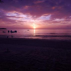 Koh Samui Sunrise by Di Mc - Novices Only Landscapes ( calm, purple, koh samui, thailand, ocean, sunrise, sun,  )