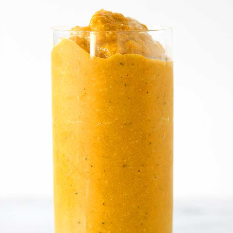 Pineapple Turmeric Hemp Heart Smoothie
