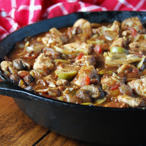 Red Wine, Mushroom and Artichoke Chicken Skillet