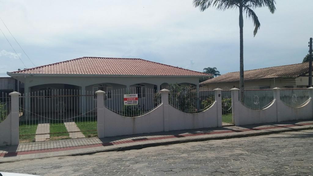 Casa com 4 dormitórios à venda, 250 m² por R$ 650.000,00 - Universitário - Tijucas/SC
