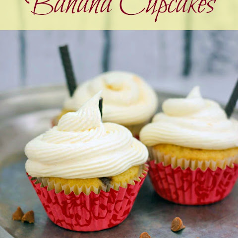 Banana Cupcakes Recipe with Vanilla Pudding Frosting