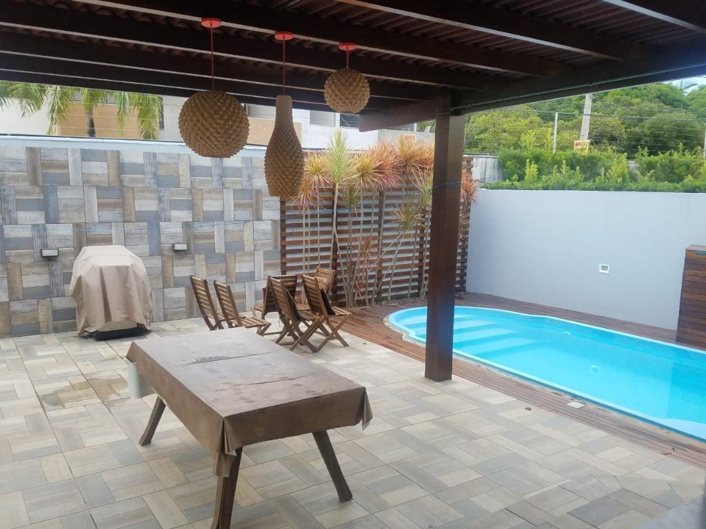 Casa com 3 dormitórios à venda, 365 m² por R$ 2.000.000 - Portal do Sol - João Pessoa/Paraíba