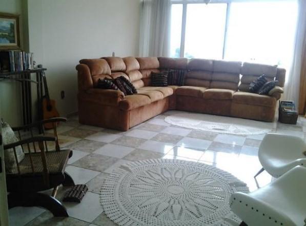 Sobrado com 3 dormitórios à venda por R$ 950.000 no Iate Clube de Americana/SP