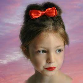 innocence by Susan Davies - Babies & Children Child Portraits ( child, girl, contemplation, innocent, pretty, huge eyes )