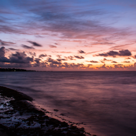 Sunrise in Playa del Carmen by Alex Jaime - Landscapes Sunsets & Sunrises ( canon, amazing, playa del carmen, mexico, sunrise, riviera maya, quintana roo, colours )