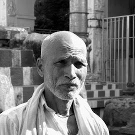 Years on face by Lakshminarayanan L - People Portraits of Men ( wrinkles, face, indian, people, aged )