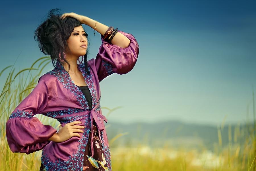 Pensadores by Adiie Winata - People Fashion