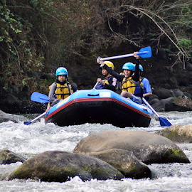 Elo rafting2 by Sigit Purnomo - Sports & Fitness Watersports
