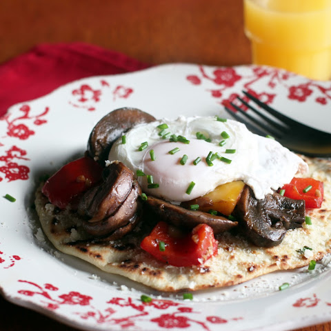 Poached Egg, Mushrooms, Peppers and Navajo Bread