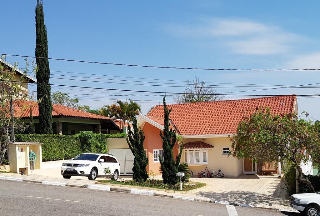 Casa com 4 dormitórios à venda, 212 m² por R$ 1.100.000,00 - Condomínio Bosques de Grevílea - Vinhedo/SP
