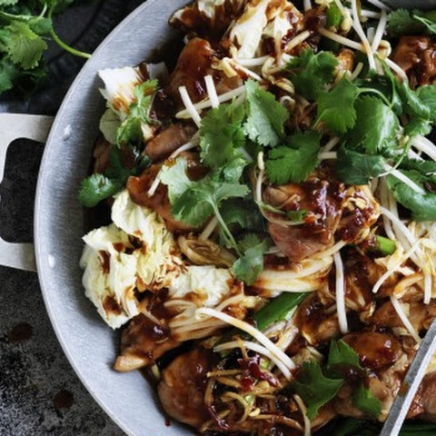 Stir-fried chicken and Chinese cabbage in chilli bean sauce