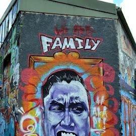 Sydney Street Art by Angela Taya - Novices Only Street & Candid