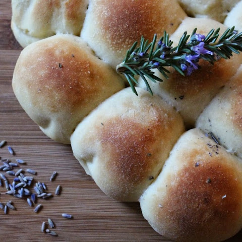 Joanna's Crock Pot Rosemary and Lavender Pull Apart Rolls
