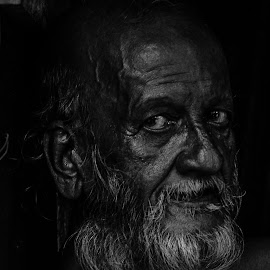 The mysterious soul.. by Nil Prachanda - People Portraits of Men