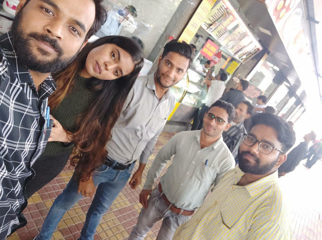 Nikhil Kumar at Moolchand Parantha, Lajpat Nagar, New Delhi photos
