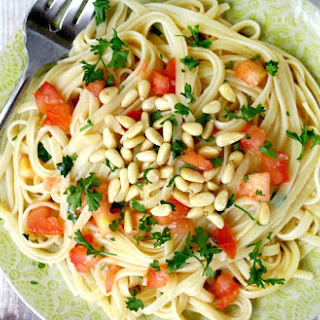 Lemon Garlic Linguine with Tomatoes and Pine Nuts (Vegan, Gluten-Free, Dairy-Free)