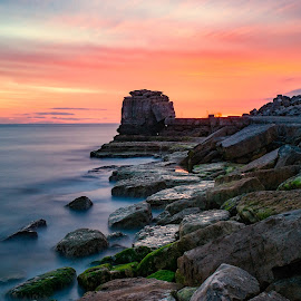Pulpit rock, Portland, Dorset uk, by Noel Wittin - Landscapes Sunsets & Sunrises ( water, sky, red, iconic, long exposure, rocks )