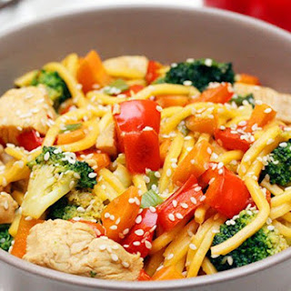 Sesame Chicken & Vegetables with Hokkien Noodles