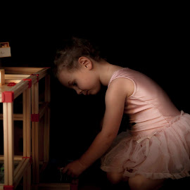 Tutu by Anne-Cecile Pflieger - Babies & Children Children Candids ( rembrandt, tutu, playing, low key, girl )