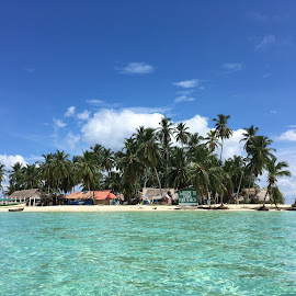 San Blas, Panama by Nathalie Pivotto - Landscapes Travel