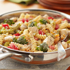 VELVEETA? Easy Chicken Primavera