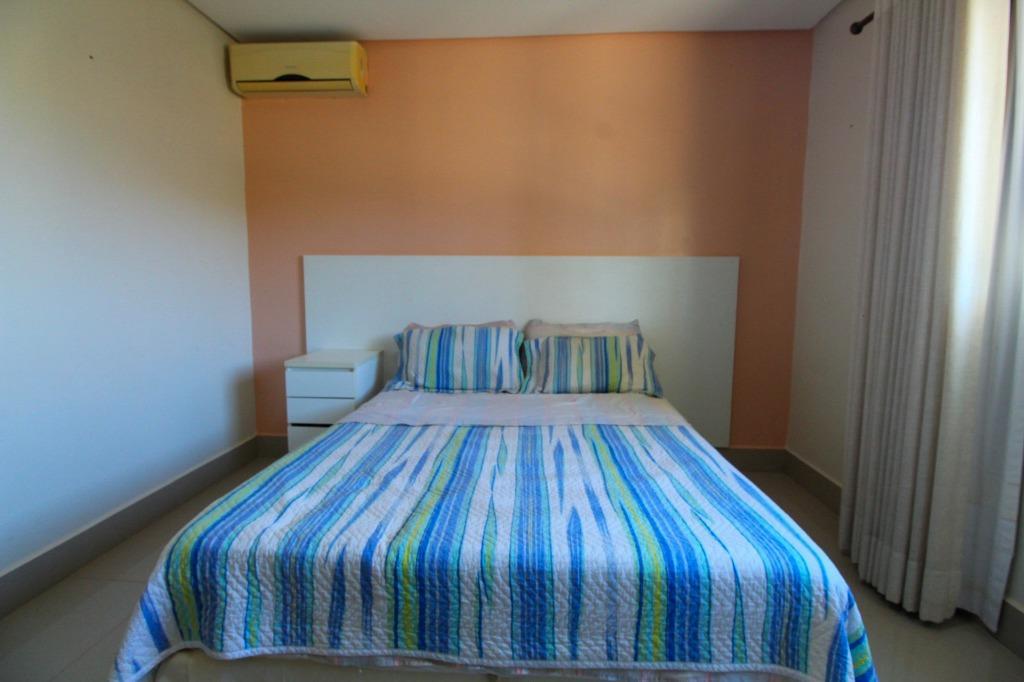 Casa em Condomínio para Venda 235 m²  com 3 quartos