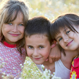 Trei iezi cucuieti by Veronica Stoica - Babies & Children Children Candids